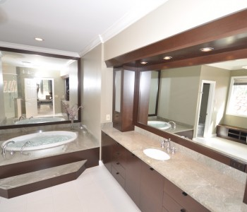 bathroom-woodfield-country-club_remodeling-general-contractor-boca-raton-fl-building-custom-millwork-cabinetry-floors-bathroom-remodeling-renovation-condo-remodel 705